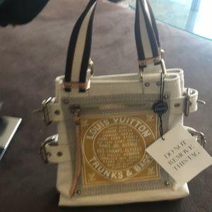 Authentic Louis Vuitton PM canvas bag!!